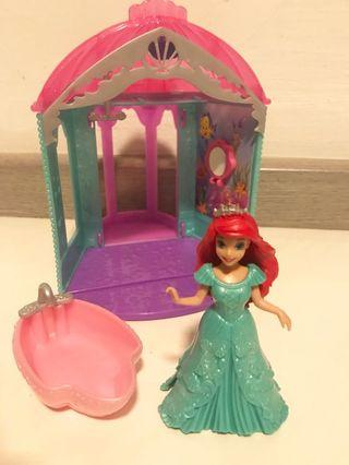 🚚 Disney Princess Ariel's Flip' n Switch Castle