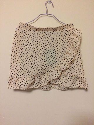 PLT BNWT dot wrap skirt with ruffle