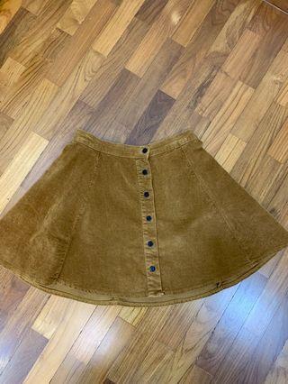 🚚 Brandy Melville Brya Skirt