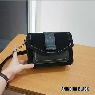 ANINDIRA SLING BAG