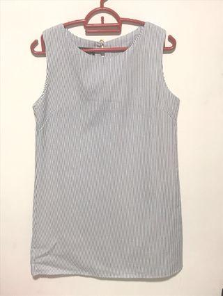 🚚 Blue stripes dress