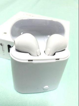 Bluetooth Earphones (Wireless Earpods)