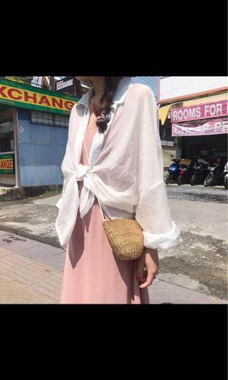 **全新轉賣 2019新款 韩版 夏装 寬鬆 薄款外套衬衫防曬衣 白色襯衫