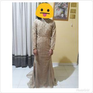 Dress pesta cream gold