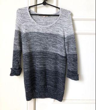 Esprit navy knitted top