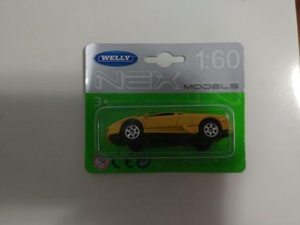 [暑假減價優惠]全新1:60 威利黃色林保堅尼跑車 welly yellow lamborghini Murciélago