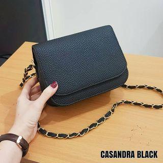 CASANDRA SLING BAG