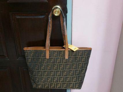Handbag tote bag shoulder sling many