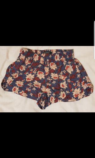 Glassons patterned shorts worn once