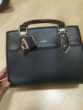 🚚 Aldo bag