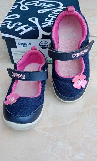 Sepatu Oshkosh b'gosh