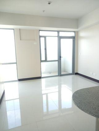CONDO RUSH! 2-1BR RFO Cubao Condo MANHATTAN GARDEN CITY ARANETA CENTER Near: SM Cubao, Gateway Mall, Ali Mall, Araneta Coliseum Cubao, MRT & LRT 2