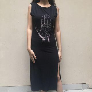 Black Sleveless Dress