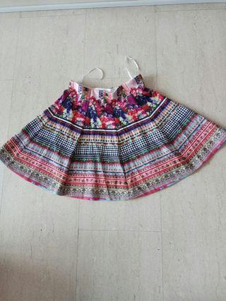 Vintage colourful short skirt