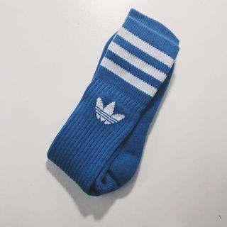 店家購入Adidas長襪