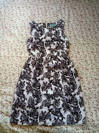 Fraiche Black and White Rose pattern dress