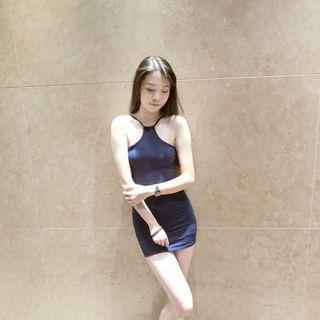 🚚 緊身連身窄裙