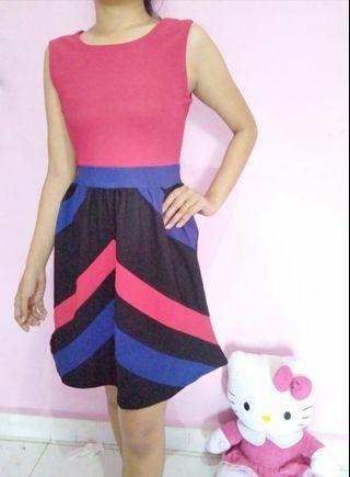 Dress pink garis