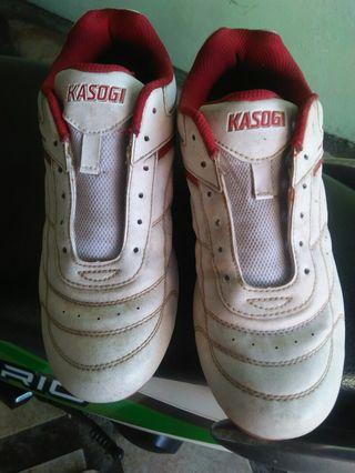Sneakers kasogi murah