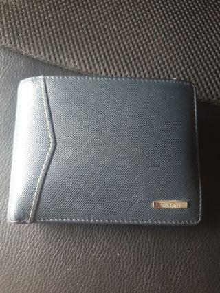 Crossing wallet from the wallet shop
