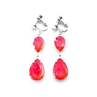 Clip-on Earrings in Swarovski Coral Orange