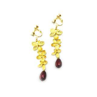 Triple Flowers in Plated Gold with Swarovski Crystal Pearl in Bordeaux Red
