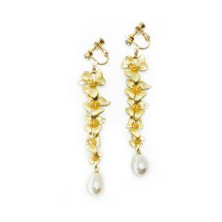 Five Orchids in Plated Gold with Swarovski Crystal Pearl in Creamrose