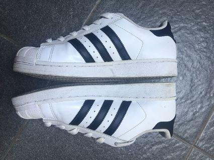 Adidas Superstar white no 39 original