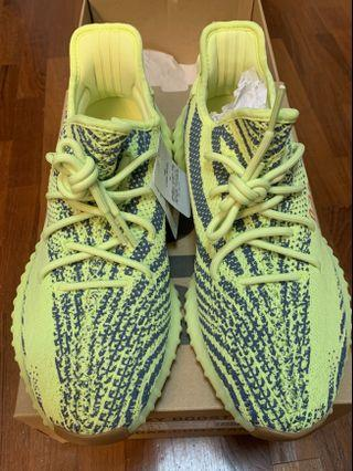 Brand new Yeezy Boost 350V2 Frozen yellow