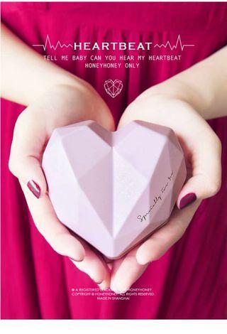 Wedding entourage diamond heart container guest gift door gift 9cm x 9cm