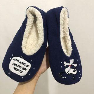 NEW Sepatu Rumah Snoopy