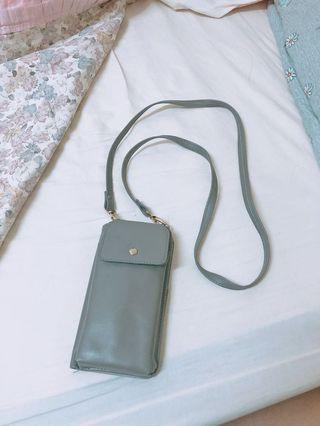 🚚 韓系灰色輕便側背手機包
