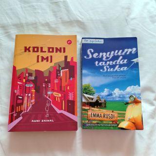 Novel Koloni M | Senyum Tanda Suka