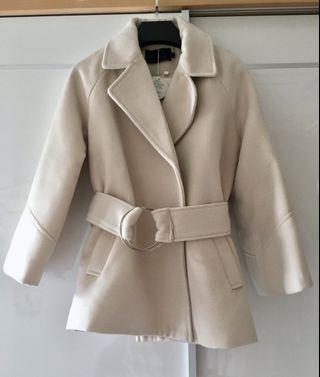 Cream色保暖外套 Jacket