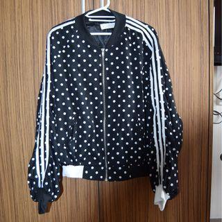 Bomber jacket Adidas style