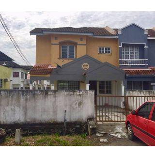 2 Storey End Lot with Extra Land at Lorong Cakera Purnama Fasa 3 Bandar Puncak Alam