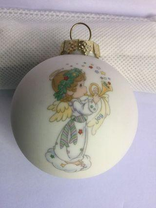 PM Ball Ornament: Simple Joys Put A Song In Your Heart (UL17)