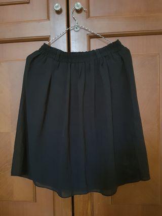❤ Black Flare Skirt