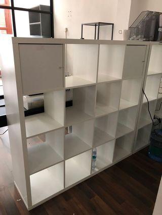 🚚 Free large ikea Kallax shelves