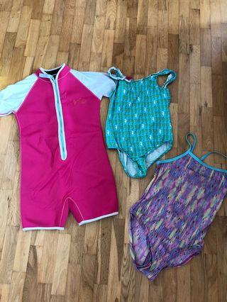 🚚 Swimsuit and girls clothes age 9-11 years