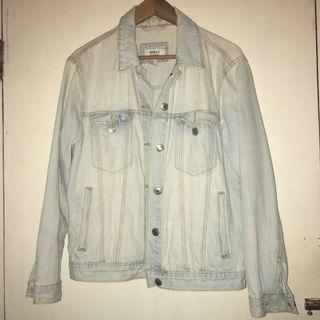 COOL JEANS JACKET BY FOREVER 21