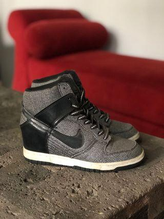 NIKE Wedges Sneakers (SIZE 37)