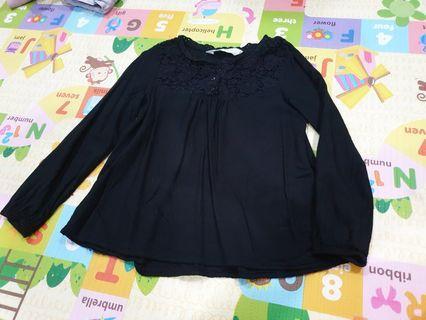 🚚 Pre-💗 H&M girl's blouse
