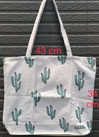 Totebag Canvas Cotton On
