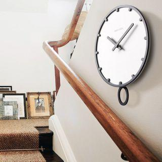 SIMPLE GEEKCOOK PENDULUM ROUND WALL CLOCK