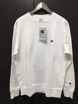 Champion Small Logo Crew Neck Sweatshirt