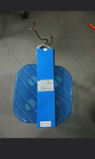 36v 10ah fiido stock batt come with charger