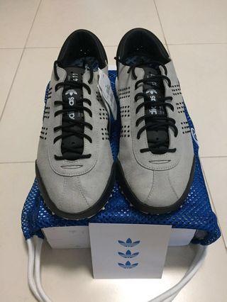 Adidas x Alexander Wang Hike Lo - UK 11.5