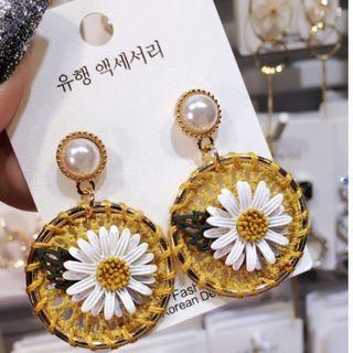 團購!!!不接急單 日韓新款菊花朵圓耳環編織珍珠氣質耳墜