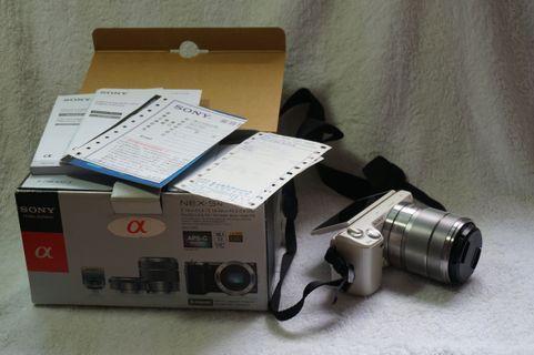 🚚 女用機 Sony nex 5n 一個變焦鏡頭 盒裝完整